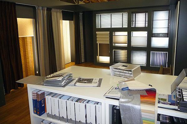 Winkel Verf en Behang Gordijnen Vloerbedekking Zonwering VanDoorn Interieur Eindhoven