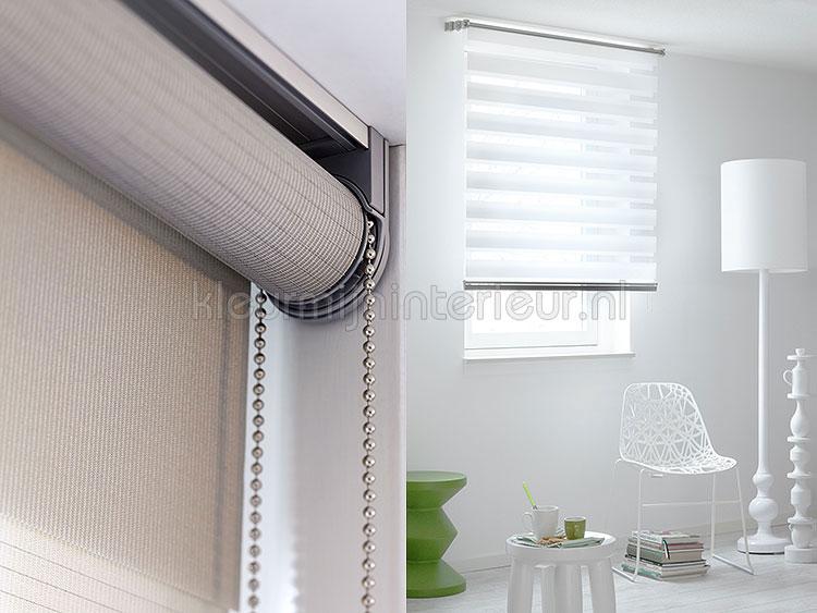 https://www.kleurmijninterieur.com/images/algemeen/raamdecoratie/duo-rolgordijnen/duo-rolgordijnen-3.jpg