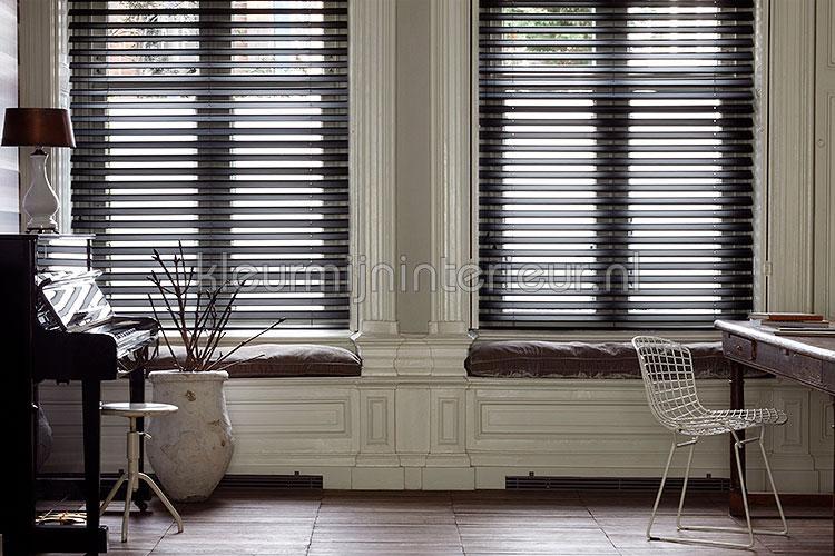 https://www.kleurmijninterieur.com/images/algemeen/raamdecoratie/vlinder-jaloezieen/vlinder-jaloezieen-1.jpg