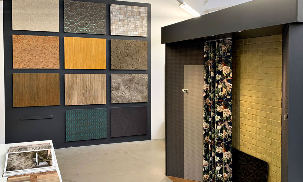 kleurmijninterieur showroom stijlvol behang