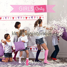 Caselio Girls Only wallcovering