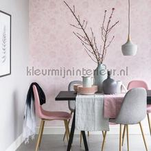 Blend in flowers pastel roze behang Eijffinger romantisch modern