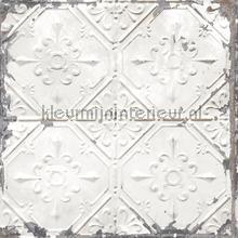 Old tin ceilingtiles off white behang FD22305 Interieurvoorbeelden behang Dutch Wallcoverings