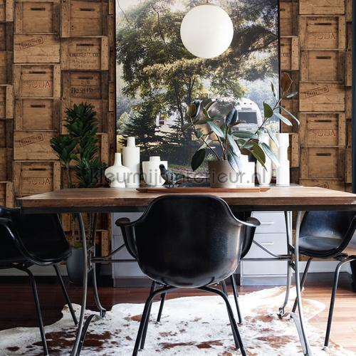 Wooden boxes brown tapet FD22348 Reclaimed Dutch Wallcoverings