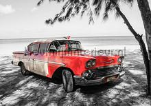 Red oldtimer on the beach fotobehang Kleurmijninterieur kinderkamer jongens