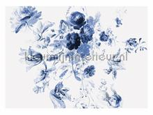 Royal Blue Flowers 3 photomural Kek Amsterdam Golden Age Flowers WP-225
