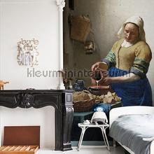 The milk girl fotobehang Dutch Wallcoverings Kunst Ambiance