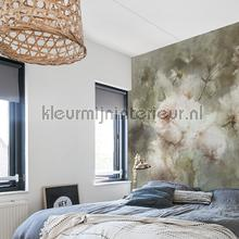 Vase with roses fotobehang SK-A-2741 Kunst - Ambiance Dutch Wallcoverings