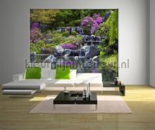 Waterval met paarse bloemen fototapet AG Design verdenskort