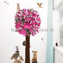 Forest friends tree xl roze interieurstickers Kek Amsterdam bloemen natuur