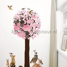 Forest friends tree xl lichtrose interieurstickers Kek Amsterdam Muurstickers