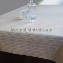 beige strepen tafelzeil 16-0107013 klassiek Kleurmijninterieur